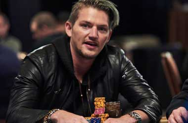 Joey Ingram Brings Xmas Day Joy To Two Poker Players