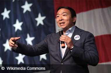 Andrew Yang Supports Legalising Online Poker In All US States